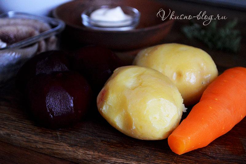 Сельдь под шубой классический рецепт - варим овощи