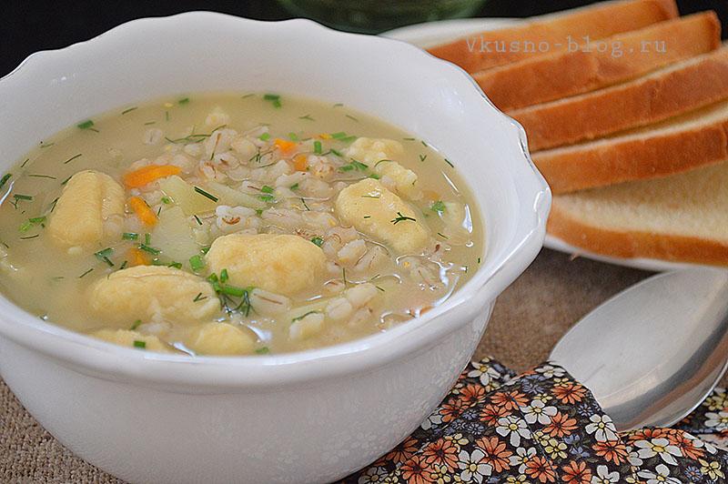 Перловый суп с галушками