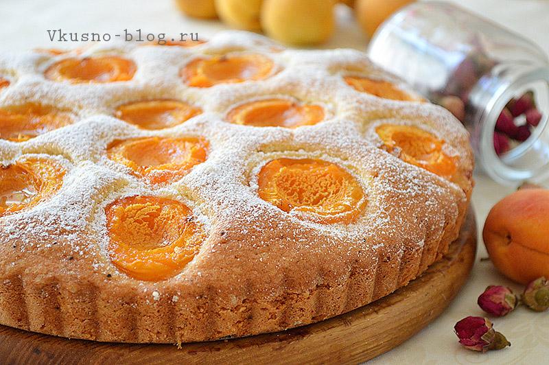 Пирог с свежими абрикосами в духовке