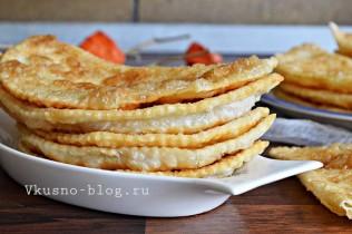 Рецепт чебуреков с сыром