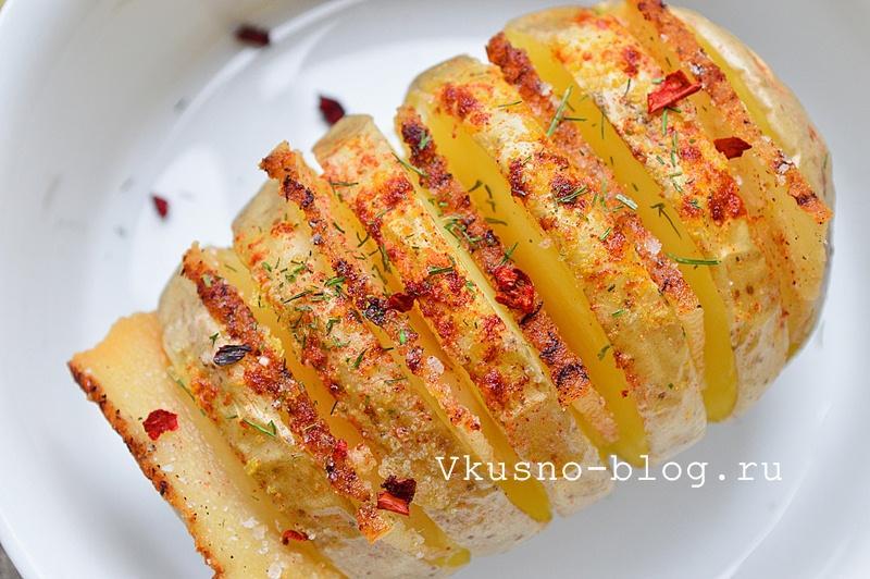 Картошка-гармошка с салом в духовке 1