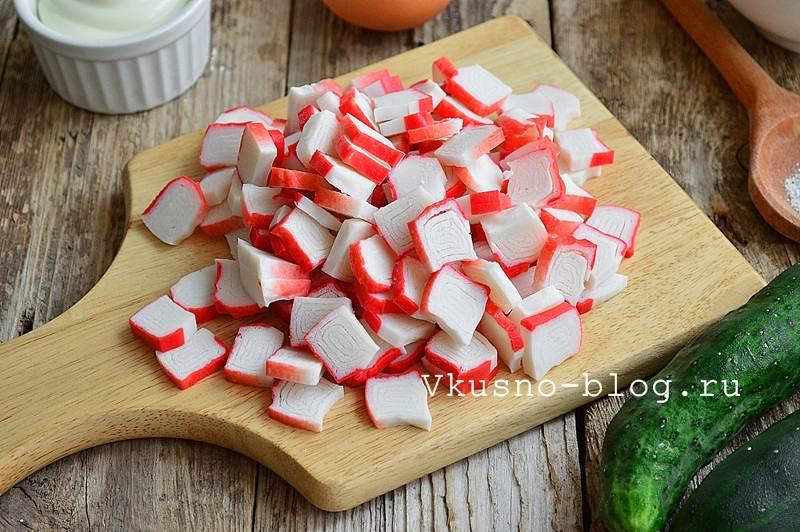 Крабовый салат с рисом 3