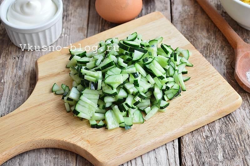 Крабовый салат с рисом 4