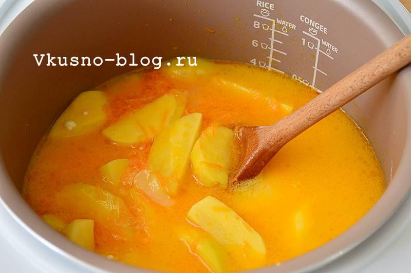 Тушеная картошка в мультиварке рецепт