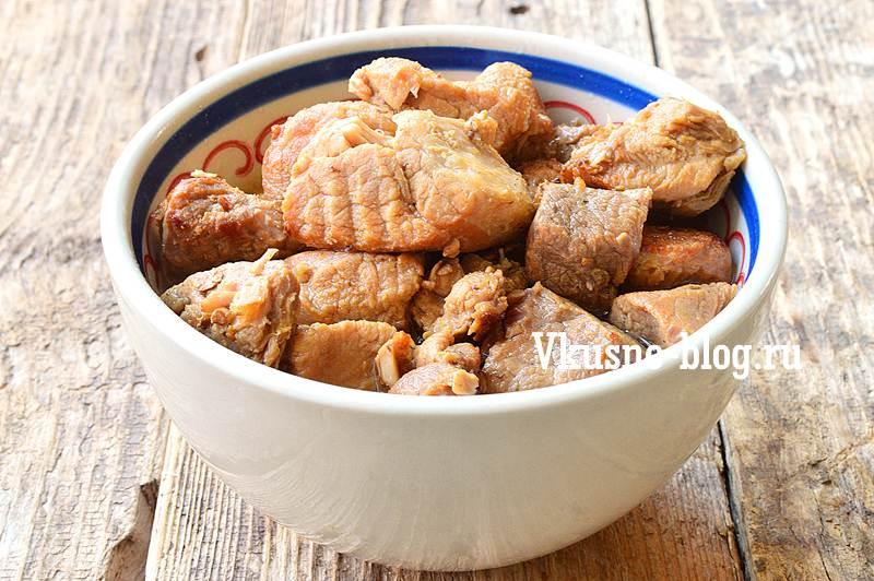 Тушеная свинина с подливкой рецепт