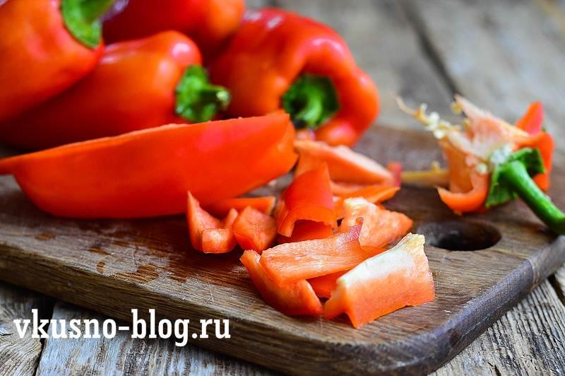 Лечо с баклажанами помидорами перцем
