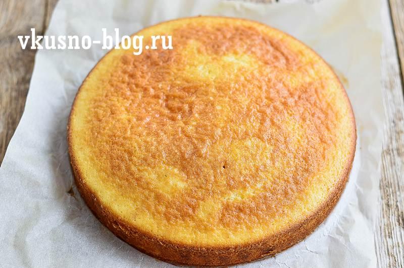 Бисквитный пирог на сливках