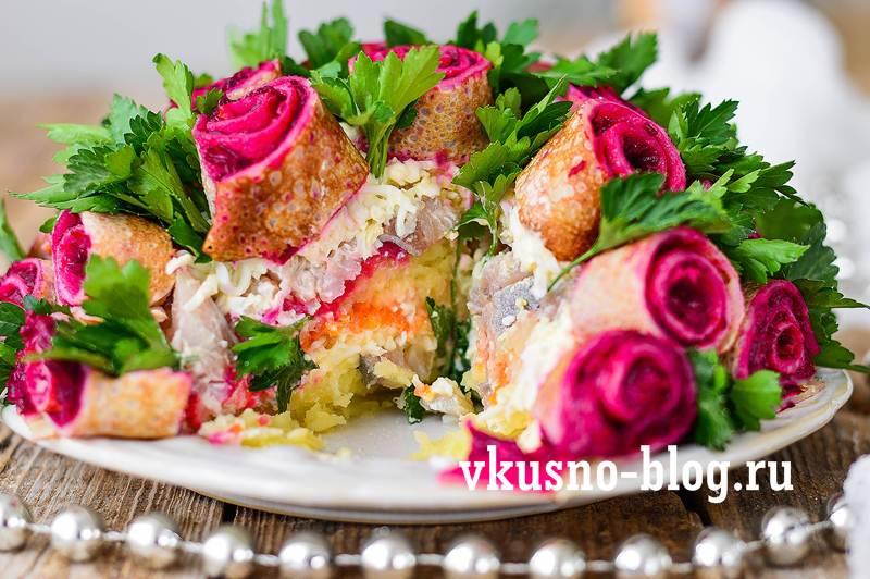 Салат букет роз пошагово