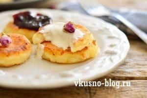 Сырники с манкой. Пошаговый рецепт