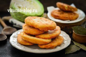 Жареные пирожки с капустой на кефире