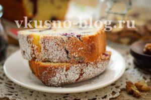 Кекс со сметаной и ягодами