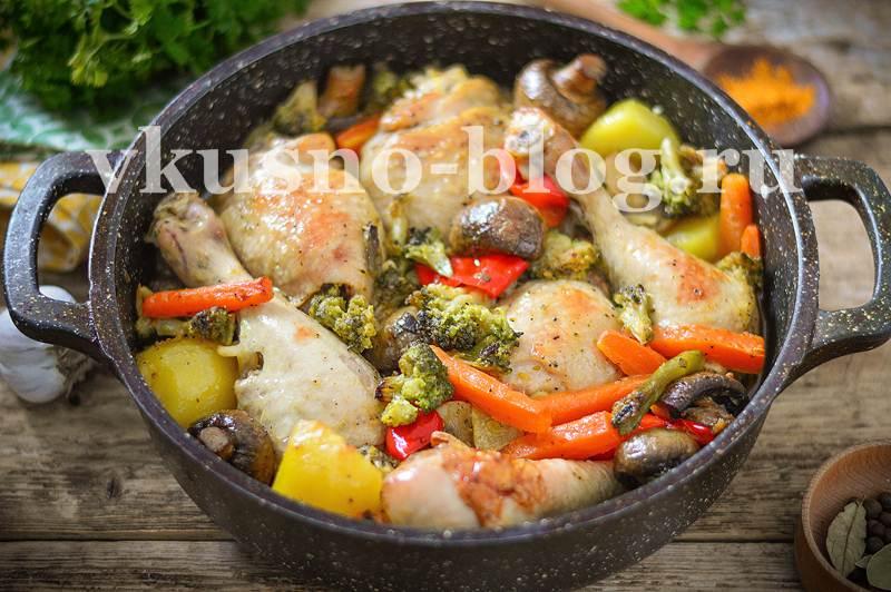 Курица в духовке в рукаве с овощами фото