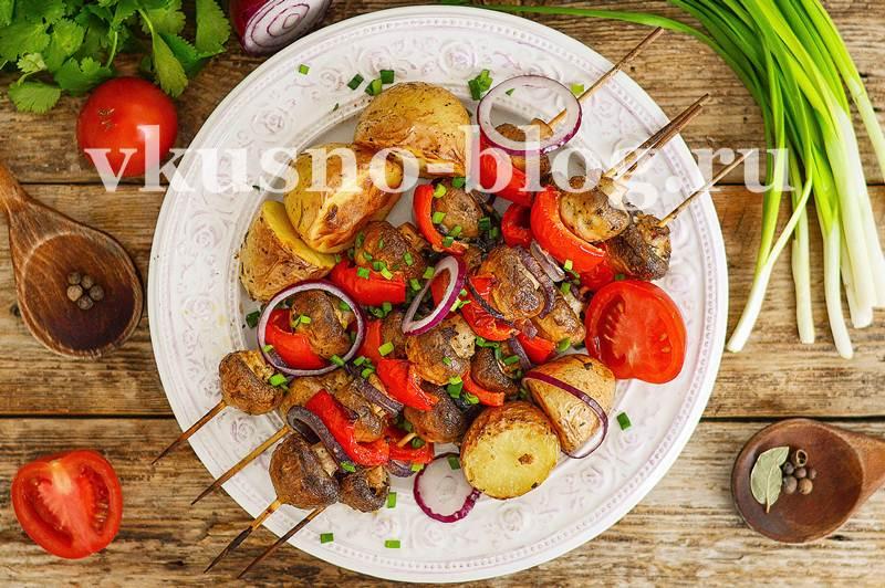 шашлык из грибов шампиньонов в духовке на шпажках рецепт