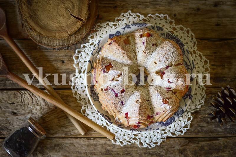 Сливовый пирог с корицей рецепт