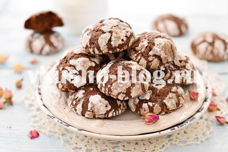 Шоколадное печенье с трещинками рецепт с фото